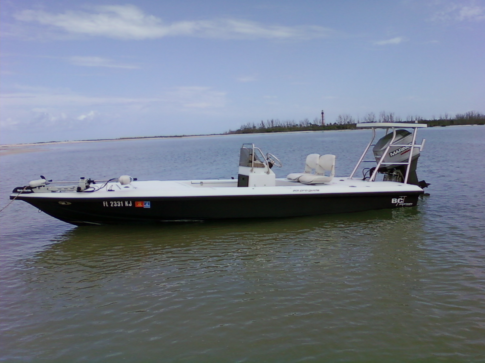 Tampa fl fishing boats ioutdoor fishing adventures for Cool fishing boat accessories